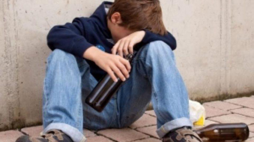 la consommation abusive d alcool par des mineurs et des adolescents